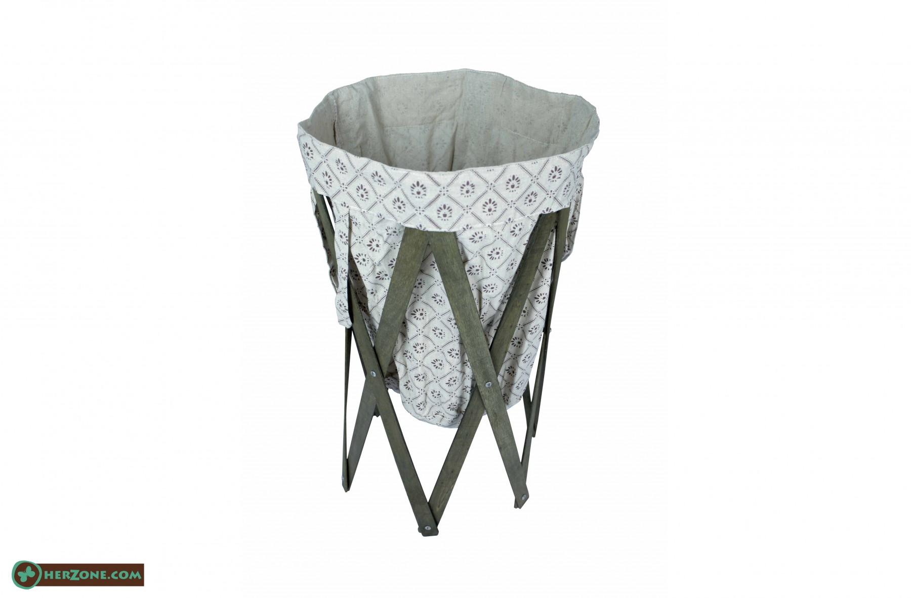 116.Dark wooden Laundry basket